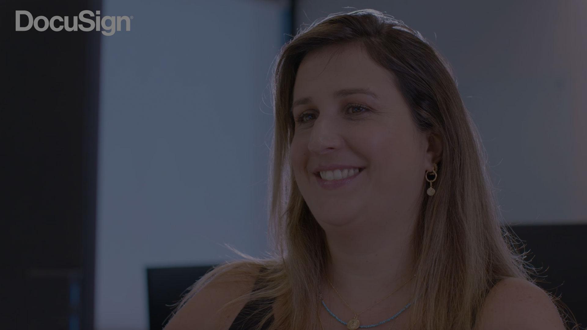 Alexandra Papangelacos, Head de Vendas da Vindi e cliente DocuSign, no escritório da empresa